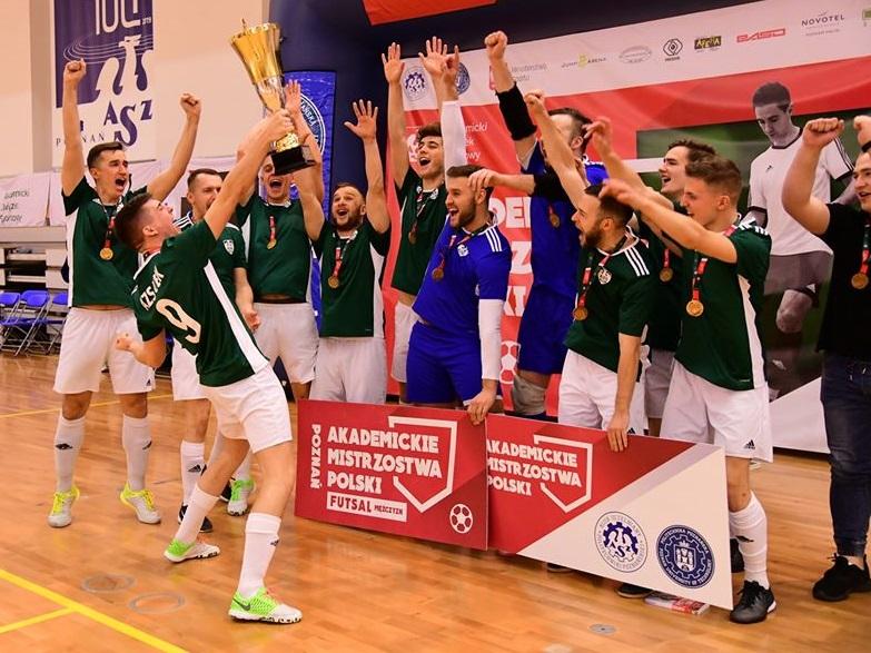 Trener Bukalski o historycznym turnieju futsalu.
